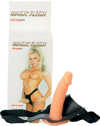 Strap-on Magic Flesh cu chilot si penis realistic